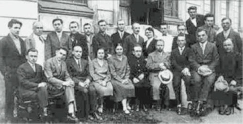 A photo of the psychologists working at the Institute of Psychology, Moscow, in the late 1920